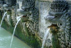 Découvrez des thermes d'eau chaude à Bali avec Lune de Miel Bali