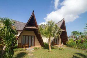 petits bungalows à l'architecture typique