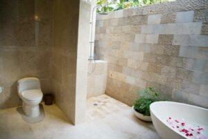 salle de bain à la balinaise
