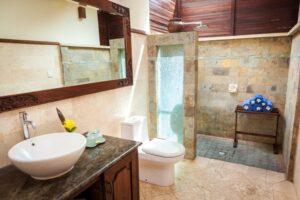 salle de bain balinaise