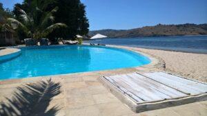 piscine avec vue sur mer