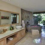 belle salle de bain balinaise